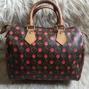 ❤️LOUIS VUITTON LIMITED ADDITION CHERRY SPDY 25❤️